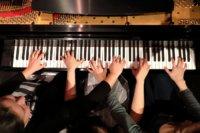 3 Pianos Hands